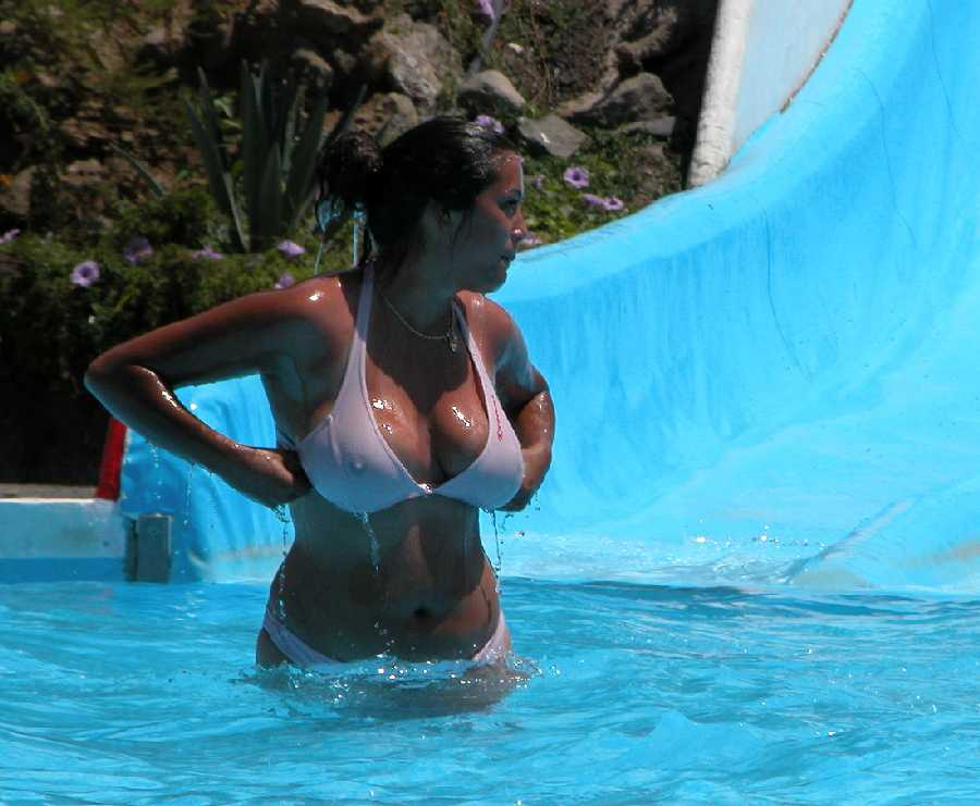 Waterpark Boob 24